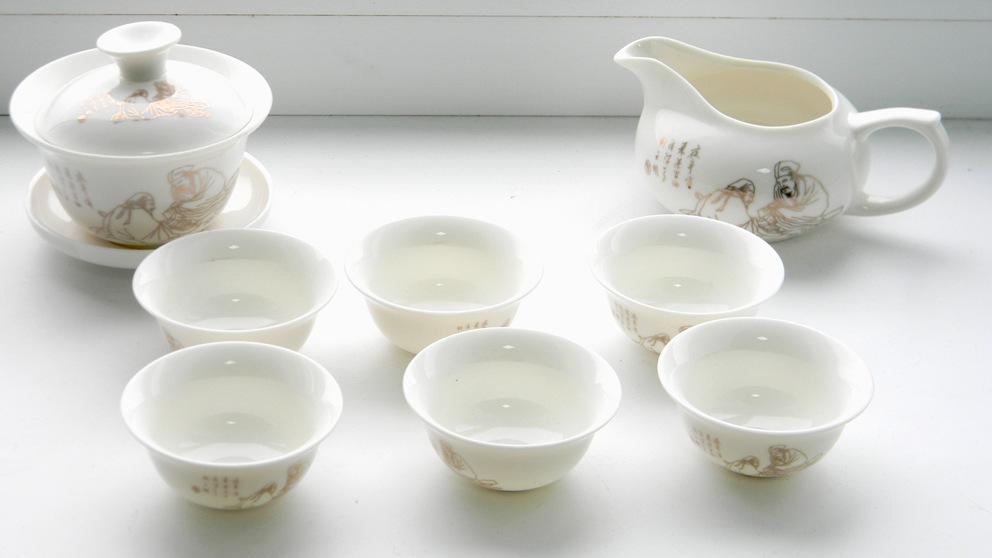 чайний набір з порцеляни